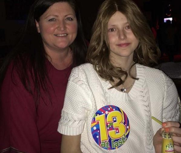 Γιορτάζοντας τα 13α γενέθλιά της