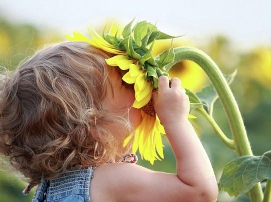 """""""Μπορείς να κόψεις όλα τα λουλούδια, αλλά δεν μπορείς να εμποδίσεις την Άνοιξη να' ρθει"""""""