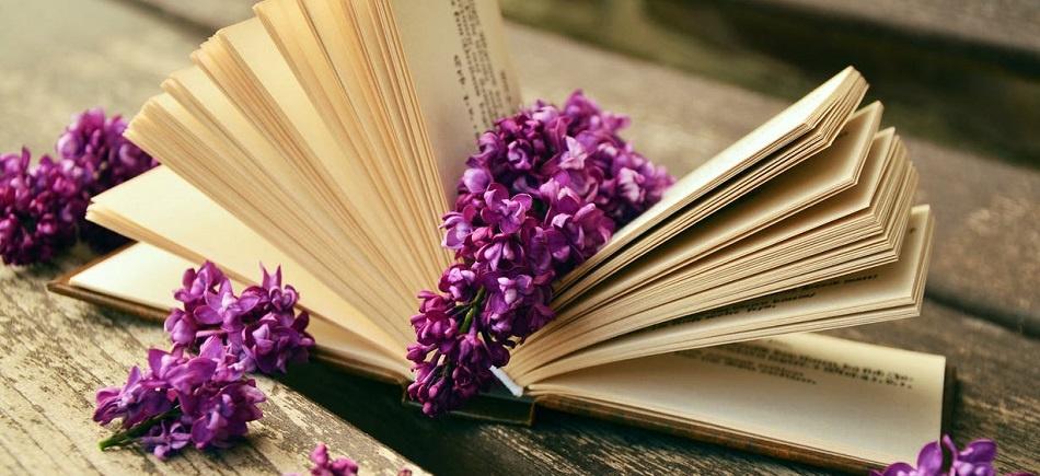 Έξι ποιήματα φέρνουν την άνοιξη με υπέροχους στίχους - Pathfinder.gr b7a369a66ec