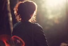 Άνοιξη και στεναχωριέσαι που είσαι single; Δεν υπάρχει λόγος